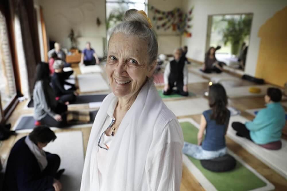 Huguette Declercq enseigne le yoga depuis une trentaine d'années.